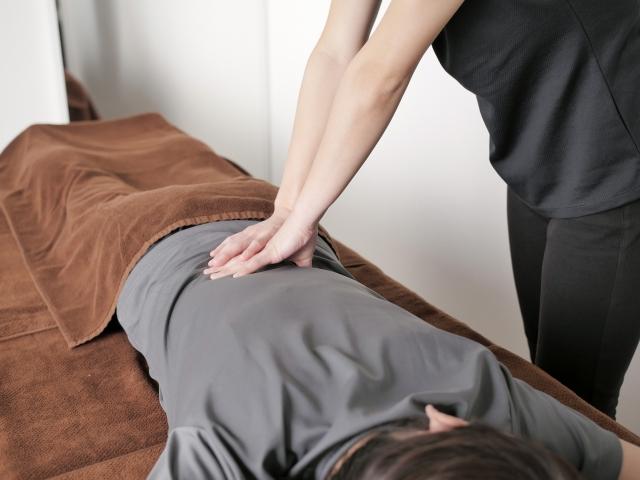 身体の歪みを整える施術で自然回復力も向上します